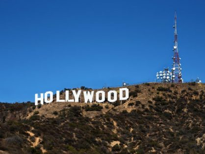 Hollywood Celebrities Who Drink Alkaline Water!